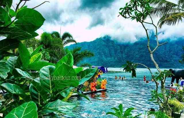 batur-natural-hot-spring-sunsky-bali-tour