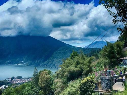 Kintamani-mount-Batur-Lake-sunsky-bali-tour