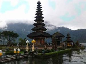 ulun-danu-temple-private-day-tours
