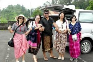 visit-temple-in-bali-bali-driver-tour